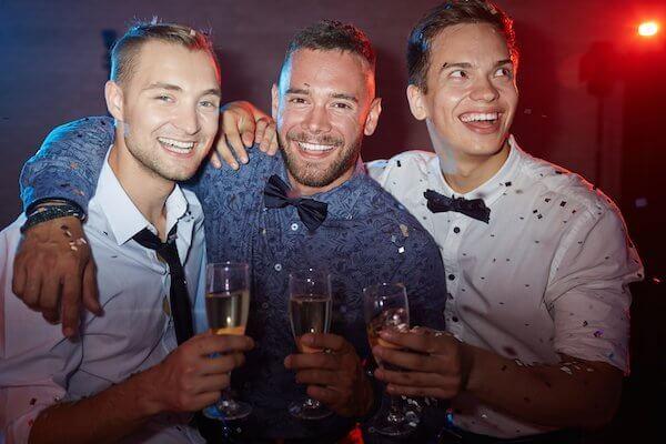 מסיבת רווקים במועדון